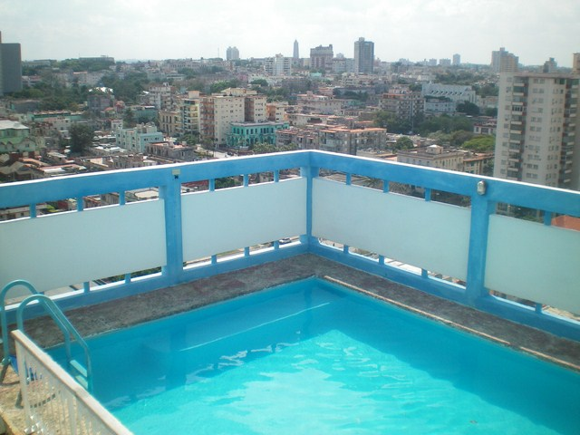3- PENTHOUSE WITH SWIMMING POOL FOR RENT IN HAVANA
