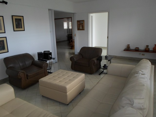 73 - PENTHOUSE FOR RENT IN HAVANA
